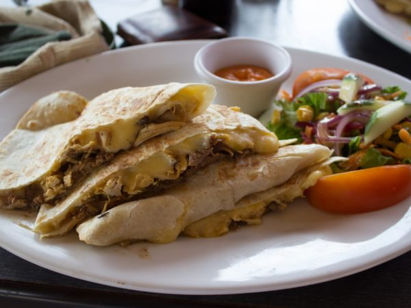 Рецепты мексиканской кухни: кесадилья с говядиной.